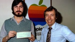 apple Mike Markkula